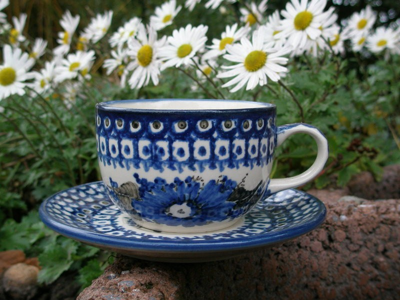 sorted-according-to-form-pottery-1-cup-saucer-200-ml