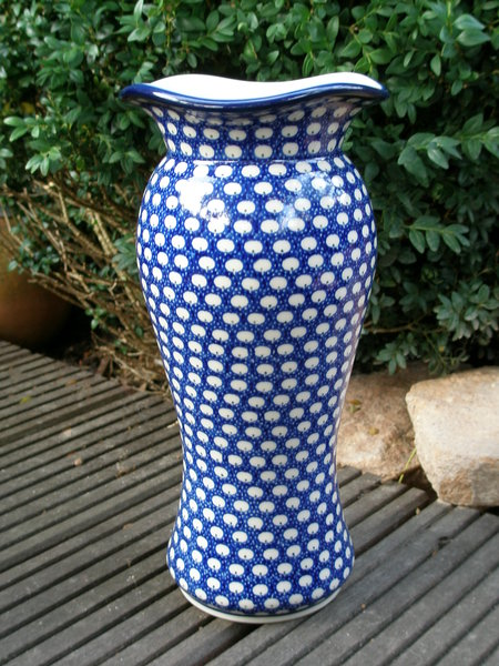 sorted-according-to-form-pottery-1-vase-vase-high-28-cm